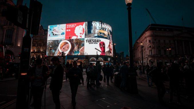 Digitale Werbung = Digital Signage